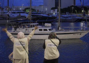 Una nueva flotilla zarpa hacia Gaza desde Barcelona