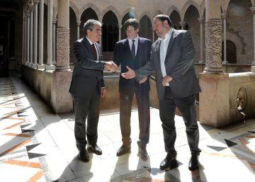 """Puigdemont dice que la consulta del 9-N reforzó """"el Estado de Derecho"""""""