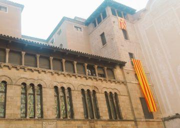 La 'estelada' del Ayuntamiento de Lleida desaparece de madrugada