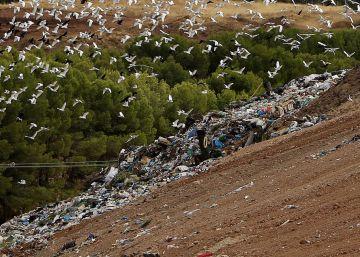 La Comunidad dice que la actual gestión de residuos es insostenible