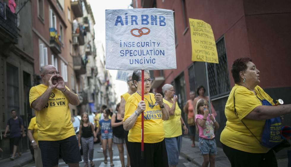El plan de colau contra los pisos tur sticos detecta 32 - Pisos turisticos barcelona ...