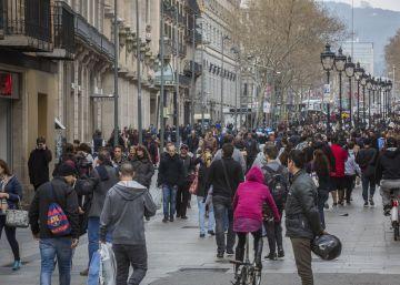 La apertura comercial en domingos solo beneficia a las calles turísticas