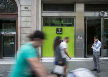 Barcelona Bankia branch faces asset seizure over preferential shares