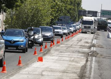 Operación asfalto en el puente de López de Hoyos, en Madrid.