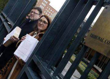 El TC desestima el recurso del PSOE contra el cierre de RTVV