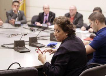 Las Cortes inician la reforma legal para revocar a la senadora Barberá