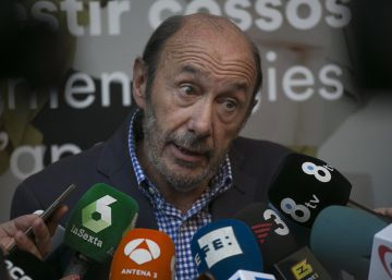 """Rubalcaba: """"Primero, el Gobierno de España y después, los problemas del PSOE"""""""