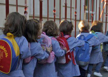 Una imagen de escolares de archivo.