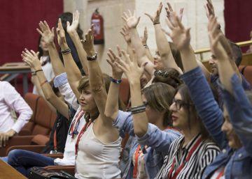 El Parlamento andaluz aprueba el trámite de las dos propuestas de leyes LGTBI