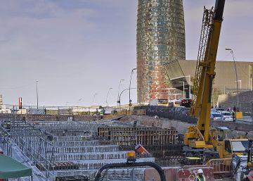 La oposición arremete contra Colau por el retraso del túnel de Glòries