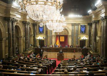 El Parlament vuelve a votar por el referéndum pese al Constitucional