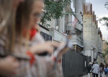 Los vecinos denunciarán a la Sagrada Familia por invadir la calle Mallorca