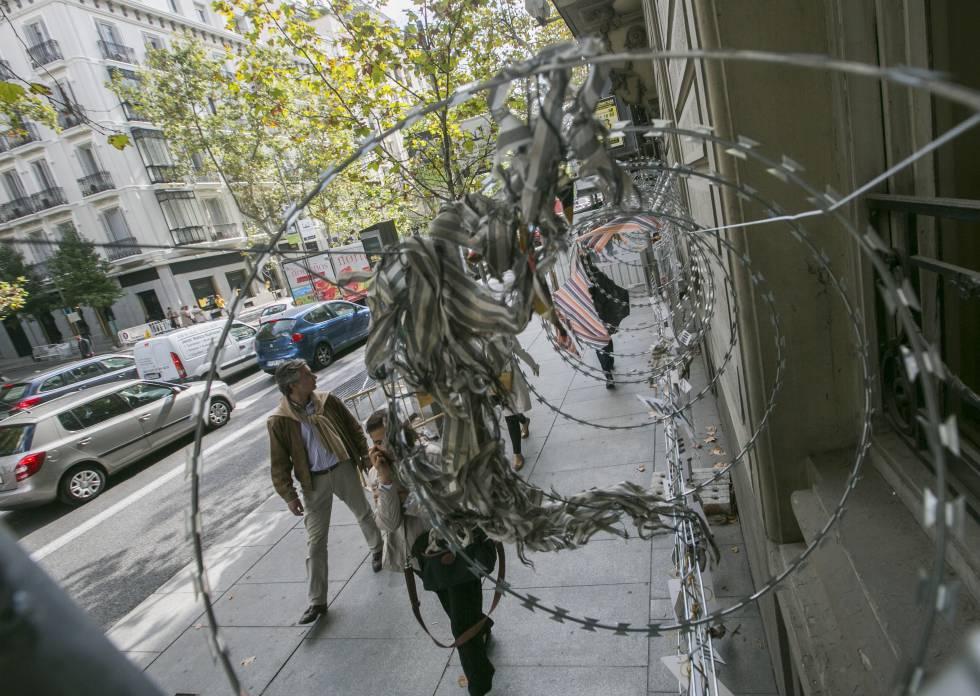 Las concertinas toman la calle de serrano madrid el pa s - Joyeria calle serrano ...