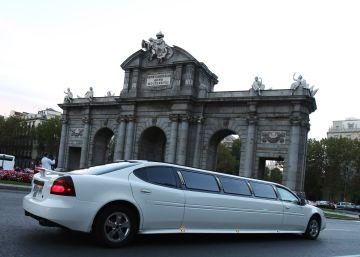 La Policía inmoviliza por primera vez las limusinas ilegales de Madrid