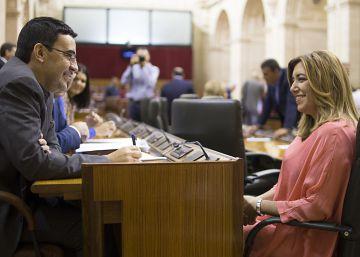 El PSOE recupera el discurso de la 'pinza' en el Parlamento andaluz