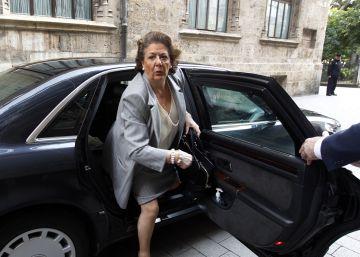 Nadie quiere comprar los coches de Rita Barberá