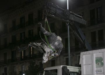El Ayuntamiento retira la estatua