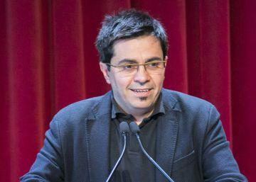 Pisarello evita condenar el derribo de la estatua decapitada de Franco