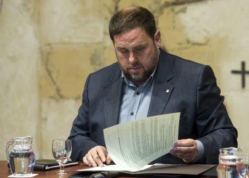 """Junqueras invita a Santamaría a una reunión formal """"que trascienda el referéndum"""""""
