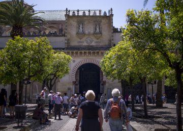 Los extranjeros aúpan a Andalucía al mejor verano turístico de su historia