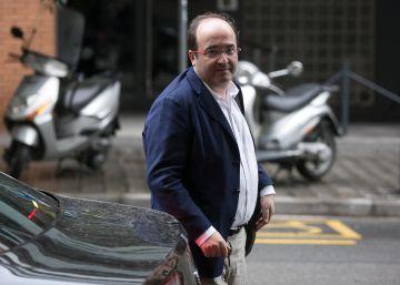 El PSC quiere ir a las autonómicas con el partido de Colau