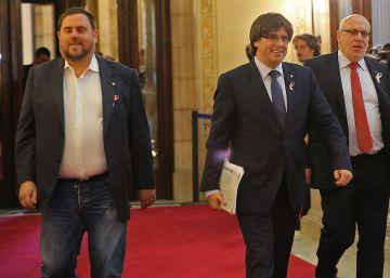 Puigdemont quiere ver a Rajoy para negociar el referéndum