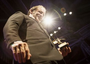 El actor francés Vincent Lindon recoge el Giraldillo de Honor del SEFF