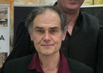 Pérez Andújar recibe el premio Un dels Nostres