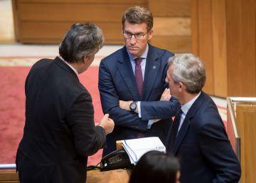 Feijóo admite que hay sentencias que impiden la operación de Villar Mir en Costa da Morte