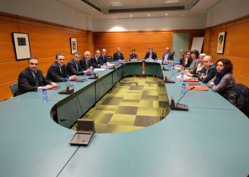 Patronal y sindicatos se conjuran para normalizar relaciones en Euskadi