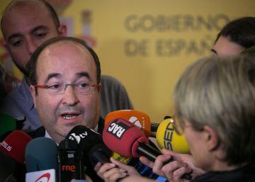 """Iceta plantea a Santamaría la lista de """"deberes"""" pendientes con Cataluña"""