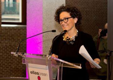 La embajada de Francia en España premia a la directora del centro Conde Duque