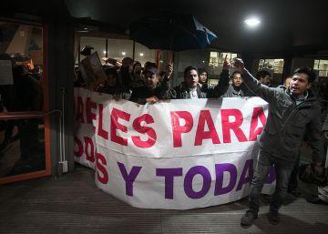 Encierro en la UB en protesta por las políticas migratorias