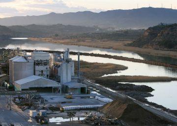 Rull acusa a Acuamed de fraude en la limpieza del Ebro