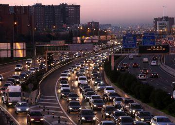 Madrid mantiene hoy la limitación a 70 km la velocidad en la M-30