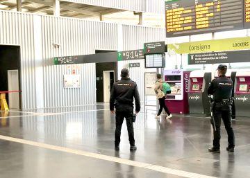 Detenido por grabar a mujeres semidesnudas en los aseos de la estación de Alicante