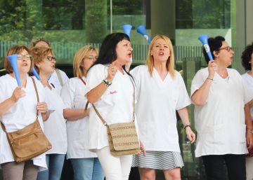 Empleados de Klüh Linaer dejan de cobrar la nómina