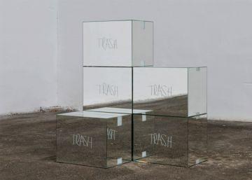 Brüggemann aplica en la sala Gaspar el arte conceptual al debate social