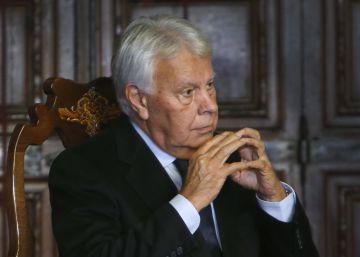 """Felipe González: """"El pluralismo es la esencia de la convivencia democrática"""""""