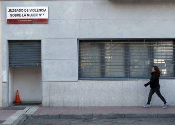 Los jueces decanos de Madrid amenazan con llevar a la fiscalía el mal estado de las sedes judiciales