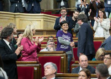 El Gobierno de Junts pel Sí rechaza la subida del IRPF de la CUP