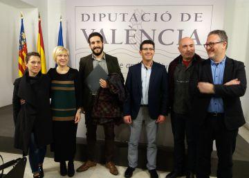La Diputación crea las becas Josep Torrent de periodismo