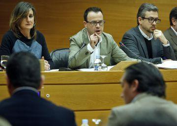 El presidente de Radiotelevisió irá al menos una vez al año a las Cortes