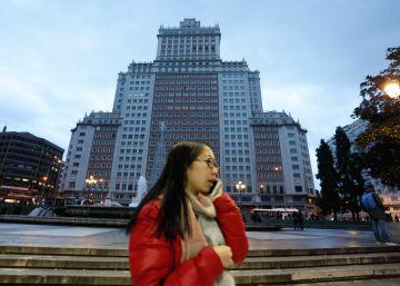 El hotel del Edificio España tendrá 24 plantas, piscina en la azotea y un 'Sky Bar'