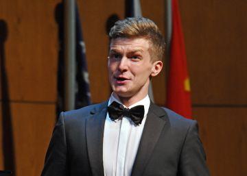 El lirismo y los agudos del tenor Petr Nekoranec brillan en el Viñas