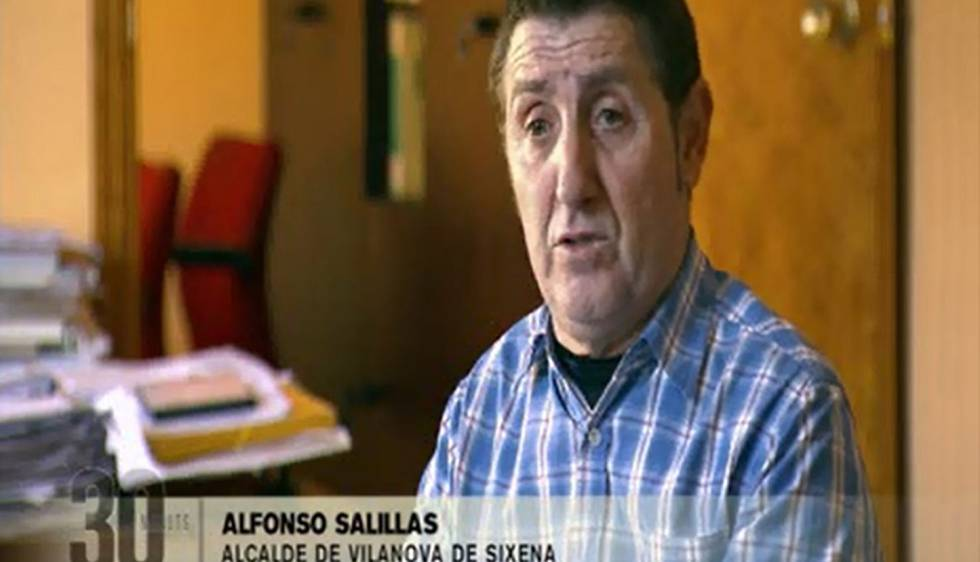 Alfonso Salillas, alcalde de Villanueva de Sijena, durante la emisión del '30 minuts' de TV-3.