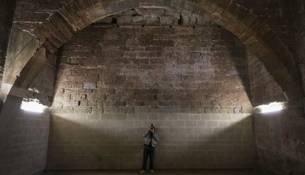Uno de los arcos de la sala capitular de Sijena, tal y como está en la actualidad.