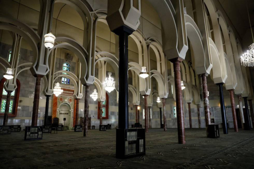 La sala de oración del Centro Cultural Islámico, conocido como Mezquita de la M-30.