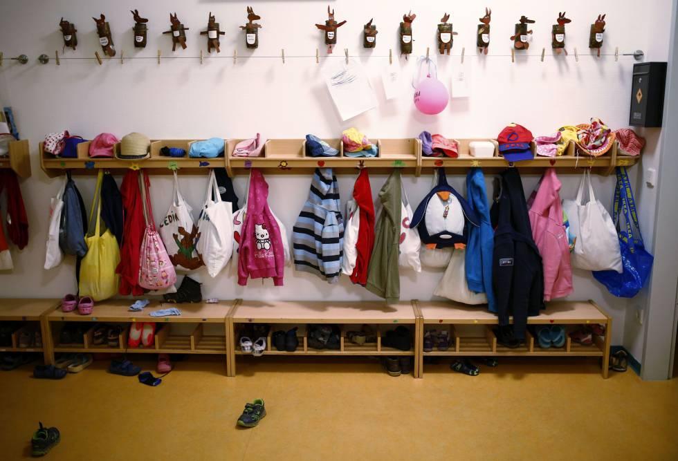 Una niña de 16 meses muere asfixiada en una guardería de Aravaca