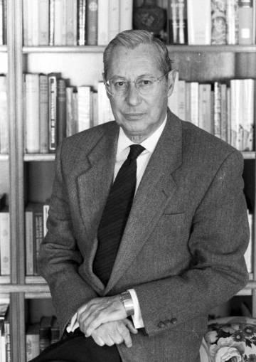 El diplomático Gonzalo Puente Ojea.